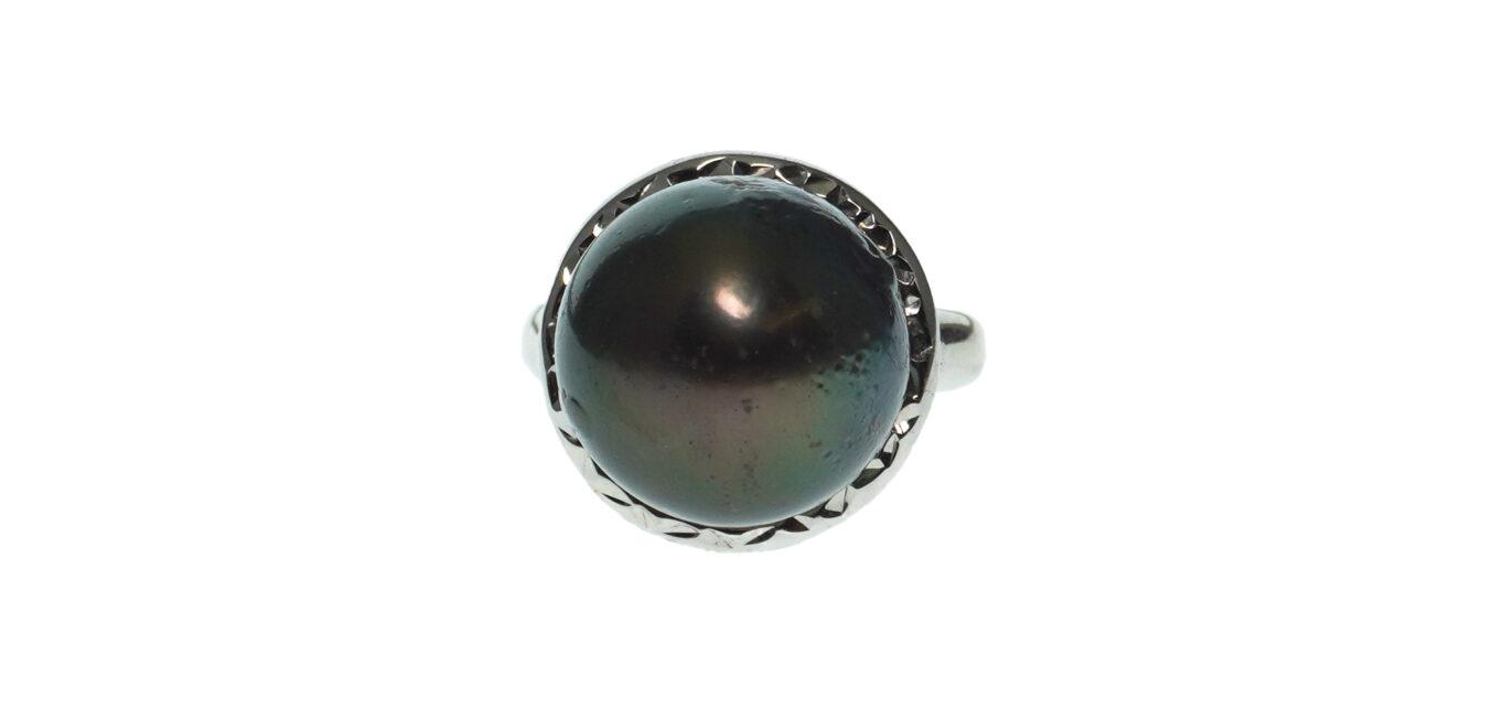 Ladies Tahitian Cultured Pearl Ring