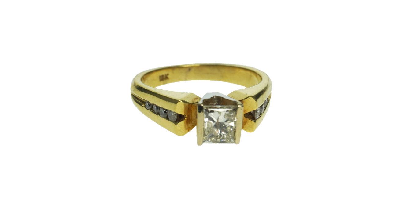 Yellow Gold 18k Engagement Ring