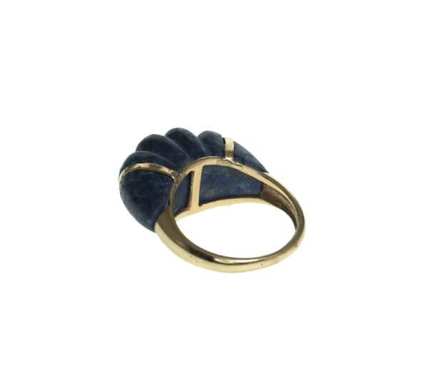 unique yellow gold fourteen karat dome style ring setting with scalloped blue lapis tapered down towards shank